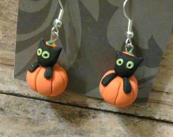 Black cat pumpking earrings