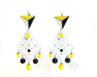 "Earrings ""Amarillo"" sleeper silver metal frame, handmade"