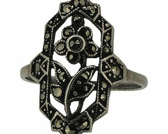1930s Silver and Marcasite Floral Design Vintage Ring
