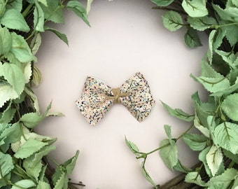 Spring Multicolor Glitter Bow {ALICE style} - Easter - Easter 2018