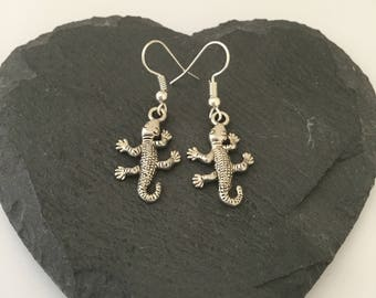Lizard earrings / lizard jewellery / reptile jewellery  / animal earrings / animal jewellery / animal lover gifts