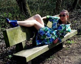 trench coat sewing, unique floral print, vintage, retro, femininous spring coat