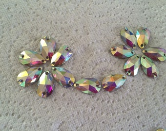 Acrylic rhinestone is sew to decorate