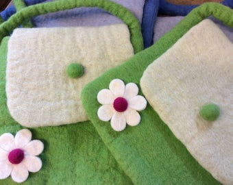 vintage Style  Felt Shoulder Bag - Girls shoulder bag - flower bag - Green