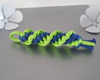 plastic spiral weave Paracord keychain