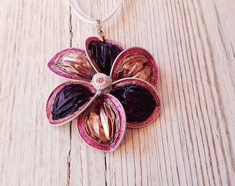 Necklace flower caps