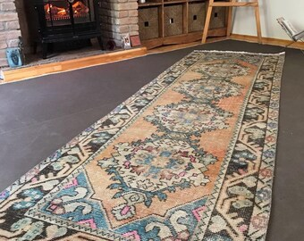 "2""9x9""2ft.Low Pile Hand Knotted Wool Runner Rug,Patterns Stunning Hallway Runner rug,Vintage Oushak Runner Rug,oushak rug,old rug,modern rug"