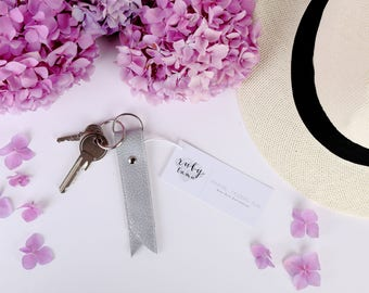 Metallic Leather Keychain - Metallic Wedding Favor for Bridesmaids - Leather Key Fob - Bridesmaids Gift Favors - Bridesmaid Gift Idea