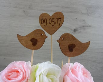 "cake topper ""birds"" with date / wedding / love"