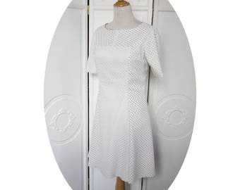 Short sleeve trapeze dress 60s white leatherette-inspired cotton lining dress sleeveless short sleeves, dress has white stars