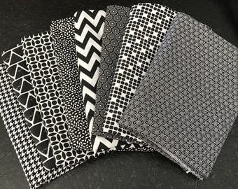 LOT 8 COUPONS fabric black and white patchwork 30 x 35 cm