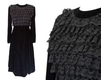 Black Velvet Dress, Velvet and Lace, Fancy Maxi Black Dress, Dress Size S, Handmade Jewish Dress, Vintage 1940s, Gothic Steampunk Clothing