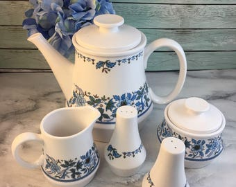 Blue Moon 9022 Progression by Noritake Teapot Creamer Sugar Salt and Pepper Shakers Ceramic Excellent Japan