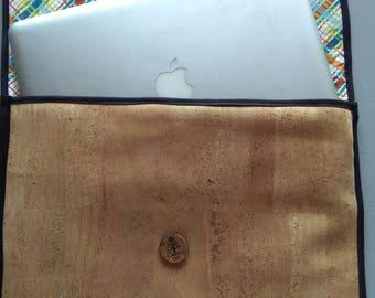 Op maat gemaakte laptop hoes uit kurkleer