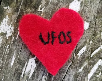 Hand Embroidered Iron On Felt Patch UFOs Heart