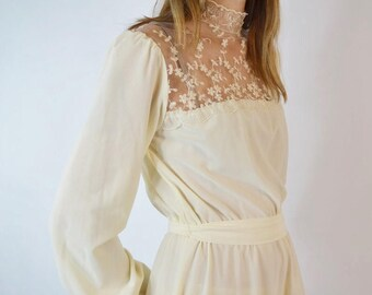 Vintage 1970's Ivory Bohemian Dress Size Small