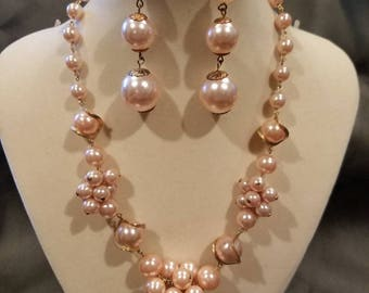 Vintage faux pearl and gold necklace and earrings