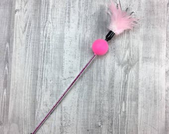 Cat toy | Pink feathers & rattle cat teaser toy | Cat teaser | Yellow cat toy | Rattle cat toy | Interactive cat toy | Indoor cat toy