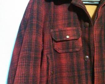 Men's vintage Woolrich jacket / Buffalo Plaid Jacket / Wool jacket / Heavy Winter Coat