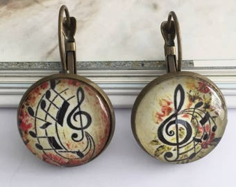 Treble clef 18mm cabochons earrings