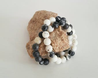 Howlite and mixed bead bracelet