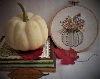 Autumn Embroidery Hoop Art/Autumn Decor/Fall Decorating/ Thanksgiving/Pumpkin and Floral/Pumpkins/Fall Colors