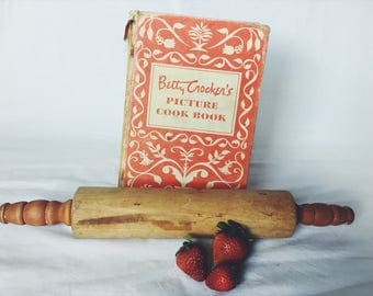 Vintage Farmhouse Wooden Rolling Pin