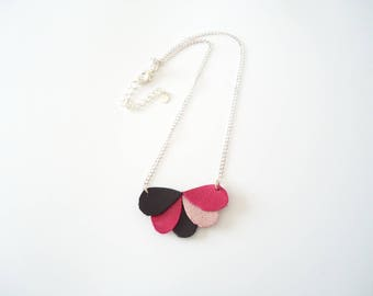 Pink/black leather necklace