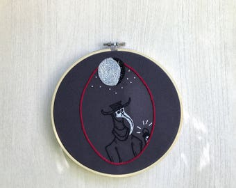 Macabre hand embroidery, plague doctor embroidered hoop art, macabre embroidery design, macabre embroidery hoop, macabre embroidery gift