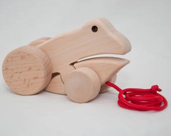 Mr. Crafty  Handmade wooden pull-along froggy classic vintage eco toy small size toddler toy