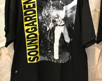 Soundgarden Chris cornell band tee