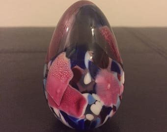 Beautiful Egg Shaped Paperweight, Multicolored, Signed, Floral