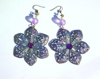Flower enameled rabitz and glass beads and swarovski crystal earrings
