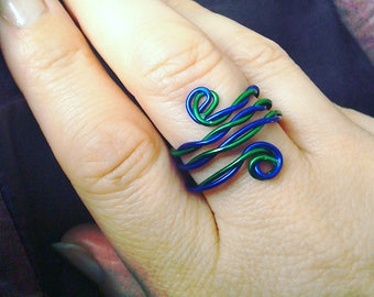 Aluminium Twist adjustable Ring in blue and green