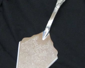 Vintage 60s – 70s Intricate Detailed Eals 1779 Silverplate – Italy, Cake Cutter/Server