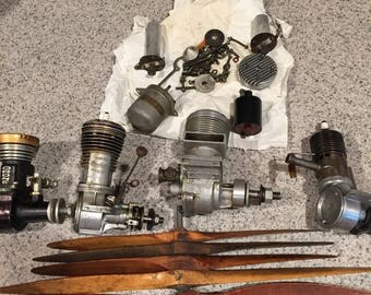 Vintage model Airplane motors and assorted parts