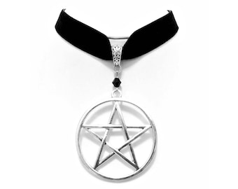 necklace choker velvet big silver pentagram pentacle gothic wicca pagan occult esoteric magic witch witchcraft witchy dark