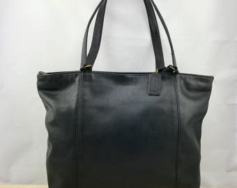 COACH Large Black Leather Tote // Shoulder Bag Made in USA