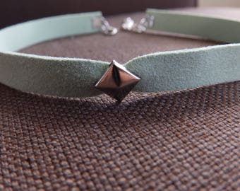 Single Stud Mint Green Faux Suede 3/8 Inch Choker // Adjustable & Stylish // Simply Charming Chokers