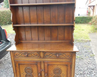 Antique Solid Oak Welsh Dresser. Stunning Dresser With Beautiful Carving, Beautiful Colour