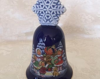 Vintage Avon Collectible Christmas Bell 1987