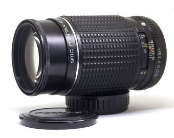 SMC Pentax-M 200mm f1.4 Telephoto Lens with PK Mount - Super condition with caps - A fantastic prime lens to use on your modern DSLR!