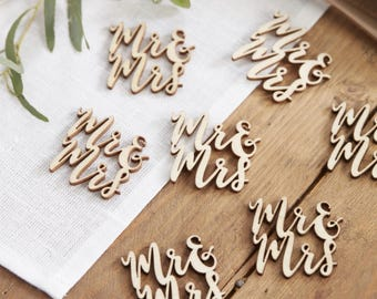 Wooden Mr & Mrs Table Confetti, Wedding Table Confetti, Rustic Wedding Decor, Wooden Wedding Decor