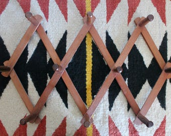 Small Vintage Wooden Accordion Peg Rack