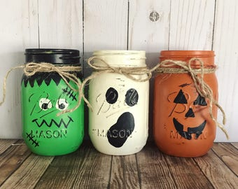 Halloween Mason Jars, halloween centerpiece, Frankenstein, ghost, jack o'latern, hand painted, Set of 3 Mason jars, Rustic Home decor