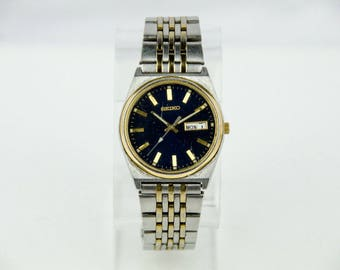 Vintage Men's Seiko Day Date Gold & Silver Tone Blue Face Watch