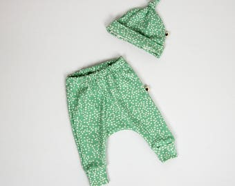 Baby gift set, mint, spots, organic baby clothes, gift for baby
