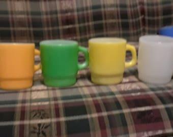 4 light color fire king mugs