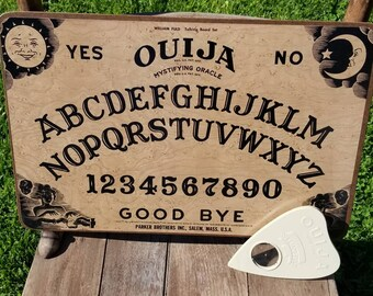 Vintage 1960's William Fuld Ouija Board - Speak To Your Ancestors.