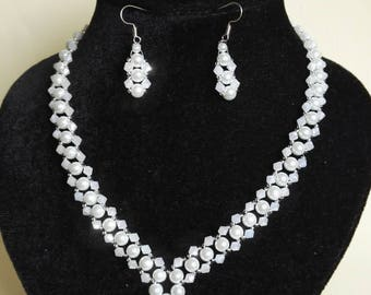 Beaded Bride Jewelry Set, Bridal necklace and Earring Set, White Pearl Jewelry Set, Crystal Necklace